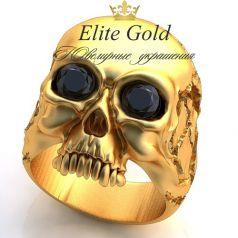 кольцо в форме черепа с камнями в глазах