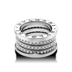 Кольцо в стиле Bvlgari в белом золоте