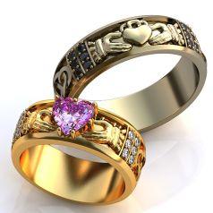 обручальные кладдахские кольца с камнем в женском