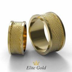 обручальные кольца с текстурой в лимонном золоте