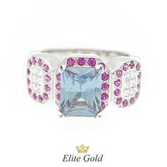кольцо с александритом, бриллиантами и рубинами в белом золоте