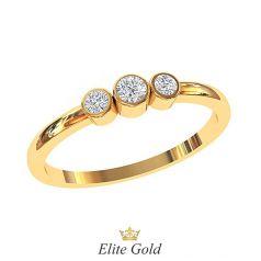 кольцо Blair с 3 белыми камнями