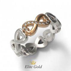 Золотое женское кольцо с сердцами и камнями