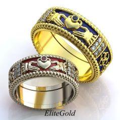 Кладдахские обручальные кольца Volente Deo с резными краями и ювелирной эмалью