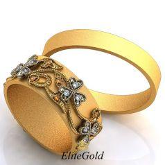 Авторские обручальные кольца Firenze с цветочными узорами на женском