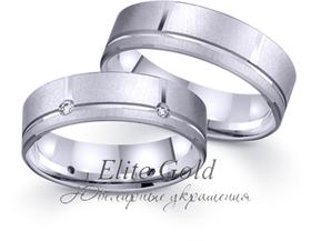 обручальные матовые кольца с камнями