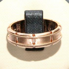 обручальное кольцо с веночками матированное мужское
