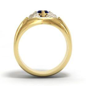 ирландское широкое кольцо с камнем вид сбоку