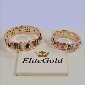 обручальные кольца в красном и белом золоте с черными и белыми фианитами