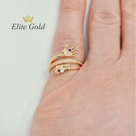 кольцо на рождение ребенка на пальце