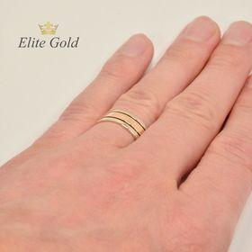 кольца Only Love в красном и белом золоте на руке