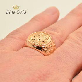 кольцо Георгий Победоносец на руке