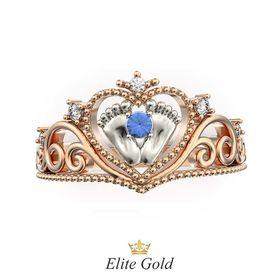 кольцо в виде сердечка с пяточками в центре