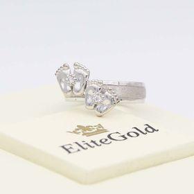 кольцо с двумя парами пяточек в белом золоте с бриллиантами