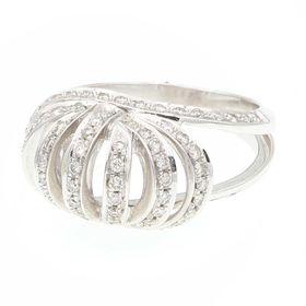 женский перстень с камнями