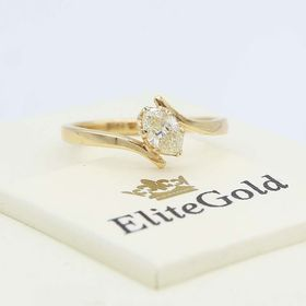 кольцо Lily в лимонном золоте 585