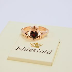 ирландское кольцо с гранатом в красном золоте