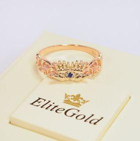 кольцо в виде ладошек с синим и белыми камнями