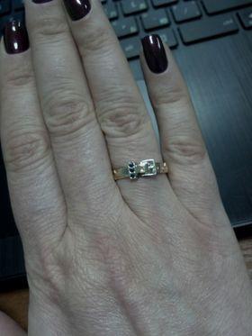 кольцо в виде ремня на руке