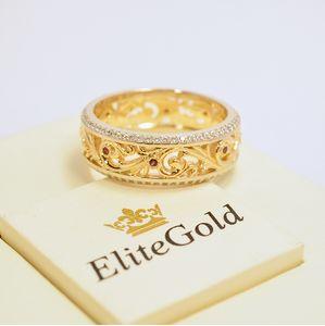 ажурное кольцо в лимонном золоте и белое по ободкам