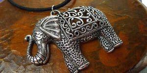 подвеска в форме слона
