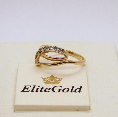 кольцо с цветными бриллиантами