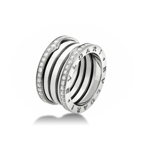 кольцо булгари с камнями по краю 4 спирали белый цвет золота