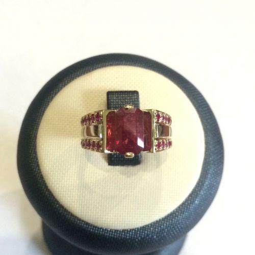 мужское кольцо с камнем рубин формы октагон