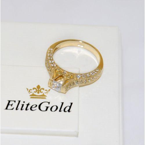 кольцо женское с узорами в лимонном золоте вид сверху