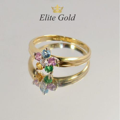 женское кольцо в форме цветка с разноцветными камнями
