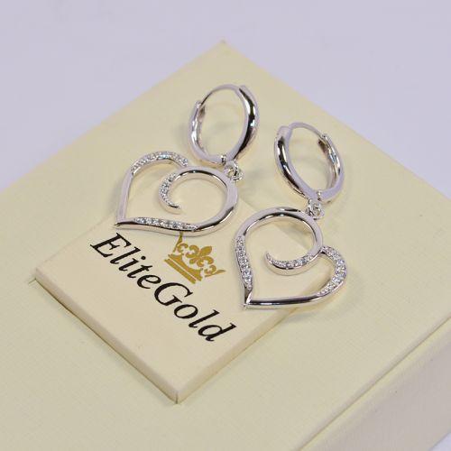 женские серьги в форме сердца в белом золоте и белыми камнями