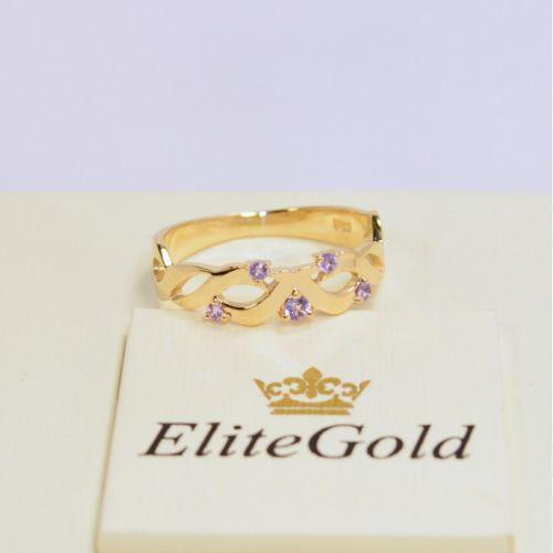 кольцо женское с переплетением в лимонном золоте с аметистами
