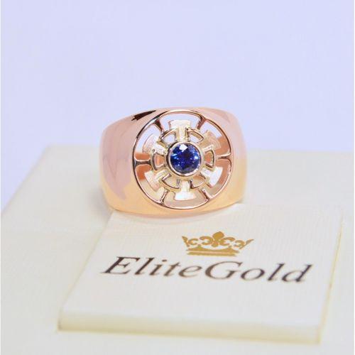 мужская печатка с одним камнем в красном золоте и синим камнем