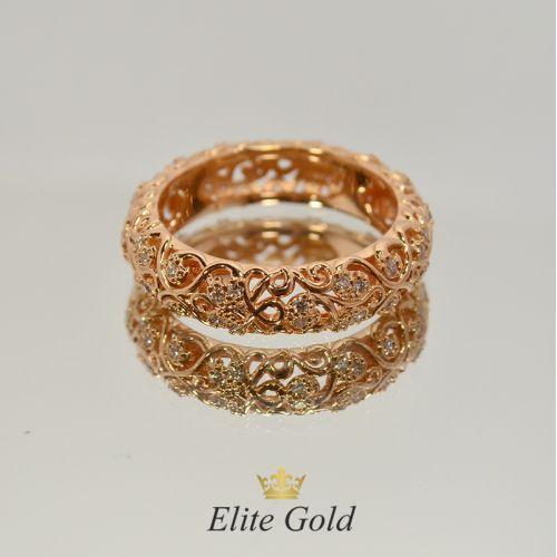 кольцо женское ажурное в красном золоте с бриллиантами