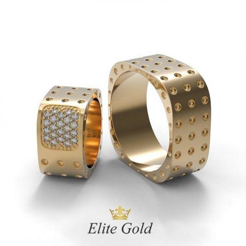 Обручальные кольца квадратной формы в красном золоте
