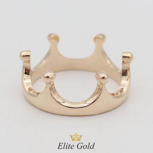 корона в классическом красном цвете золота
