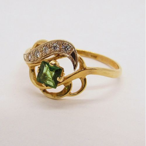 кольцо с зеленым турмалином и бриллиантами