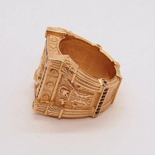 кольцо с сапфирами вид сбоку