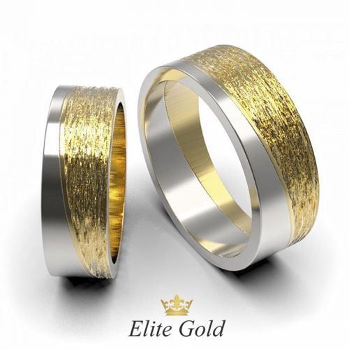 обручальные кольца с матовой вставкой в белом и лимонном золоте
