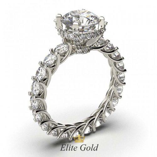 кольцо для помолвки в белом золоте с камнями по ободку
