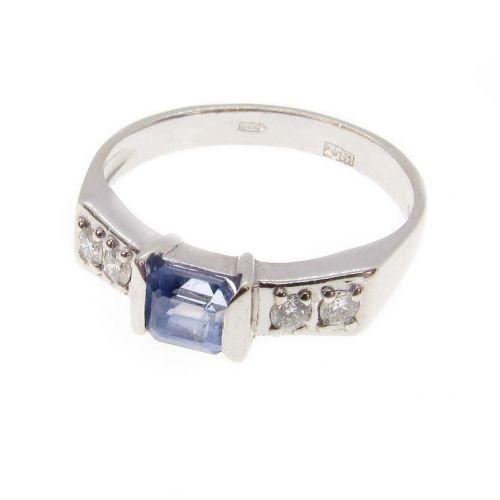 кольцо Belicia с сапфиром и бриллиантами