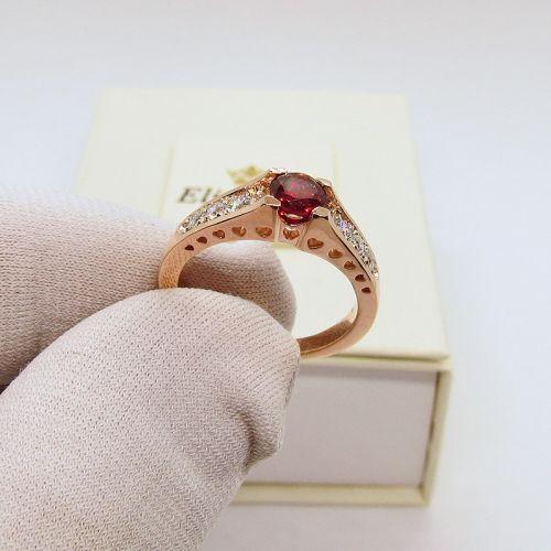 кольцо Isabella с красным камнем