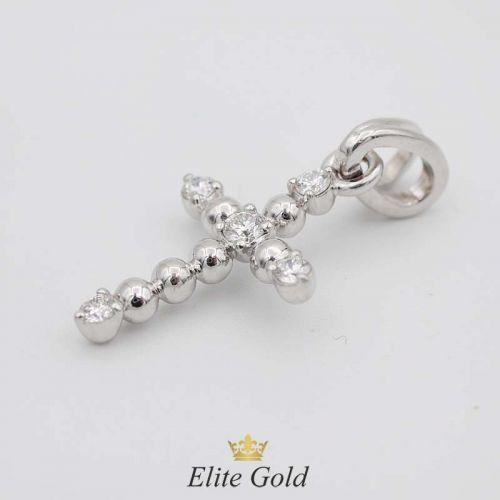 крест в белом золоте с раздвоенным ушком