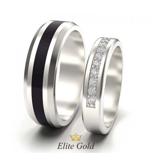 кольца Arwen в белом золоте с полоской черной эмали - вид сбоку