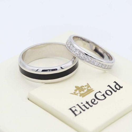 обручальные кольца Arwen в белом золоте с полоской черной эмали