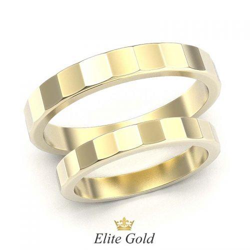 кольца Eleri в лимонном золоте с гранями