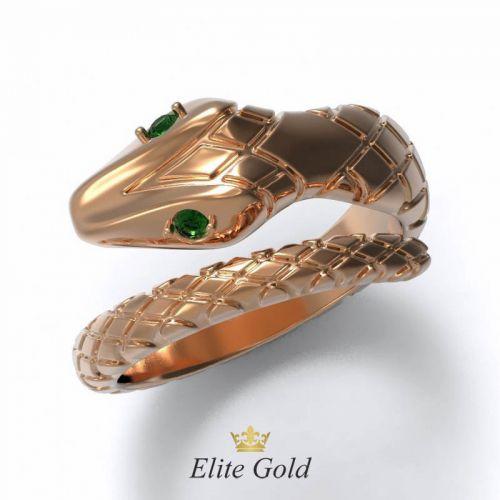 Эксклюзивное рельефное кольцо в виде змеи