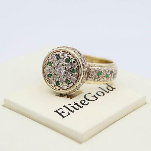 Авторское женское кольцо Fidella с узорами и камнями по кругу