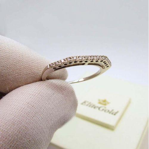 тонкое кольцо в золоте 50 проы с дорожкой бриллиантов