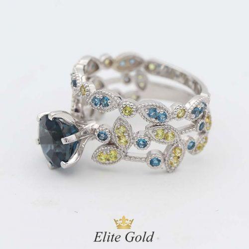 кольцо Viviana в белом золоте с желтыми сапфирами и топазами London Blue